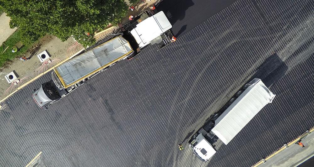 Power Road, Eurovia, parking poids lourds du péage de Saint-Arnoult dans les Yvelines