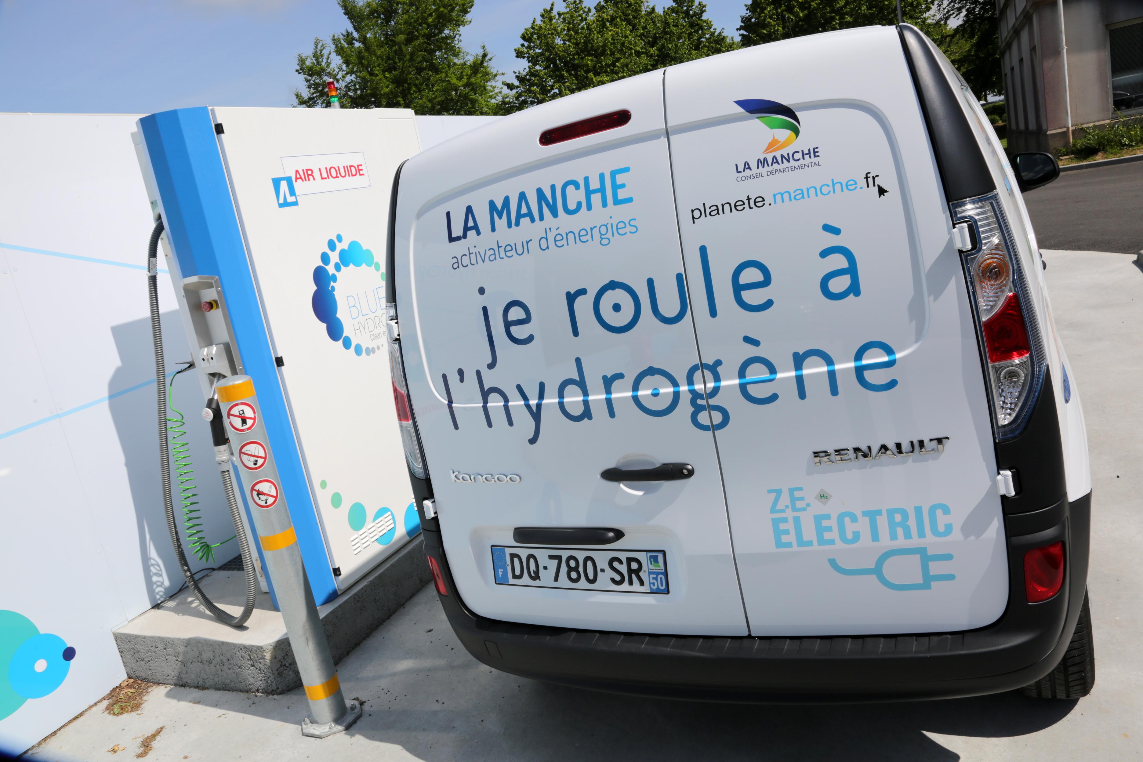 Voiture à hydrogène © Conseil Départemental de la Manche