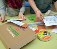 les Petits Débrouillards propose aux élèves de saisir des notions scientifiques liées à l'énergie.