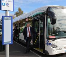 Inauguration de la Fabrique Energétique : essai du bus électrique mis à disposition par Kéolis et la Communauté Urbaine Caen la Mer (crédits photos : Stéphane Dévé)