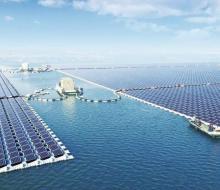 Centrale solaire flottante à proximité de la ville de Huainan à environ 200 kilomètres au nord-ouest de Shanghai